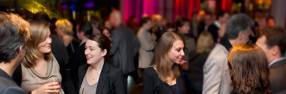 célibataires participant à des soirées Meetic